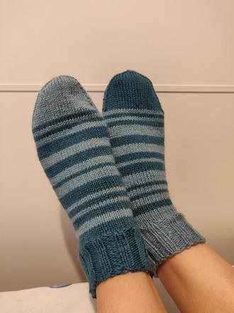 Фото. Полосатые носочки. Автор работы - Vedmo4ka