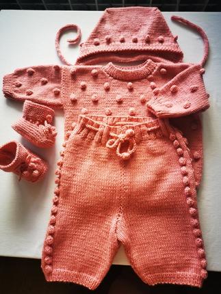 Фото. Комплект для малышки из Карамельки. Автор работы - ф_л_о_р_а