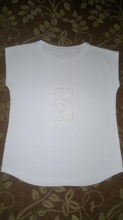 Фото. Белая футболка.  Автор работы - MamaRa1706