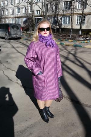 Фото. Пальто  из двустороннего пальтового трикотажа. Сначала хотела сшить просто фиолетовое, а потом решила - будет полоска!