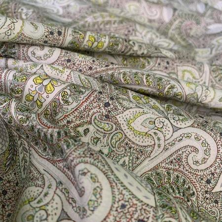 Фото. Нежнейший восточный узор из разноцветных индийских огурцов (пейсли).  Фото - DressMarket_
