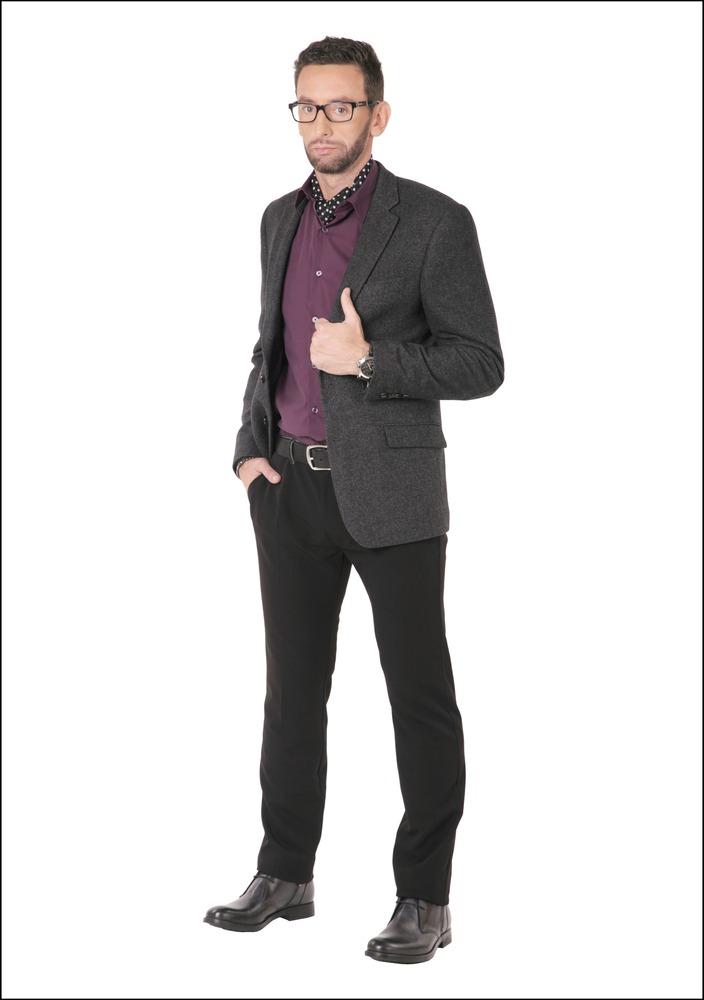 Комплект №3 . Пиджак – Marks & Spencer. Брюки, ботинки, ремень и браслеты – Diesel. Сорочка и шейный платок – Oodji. Часы – Aldo