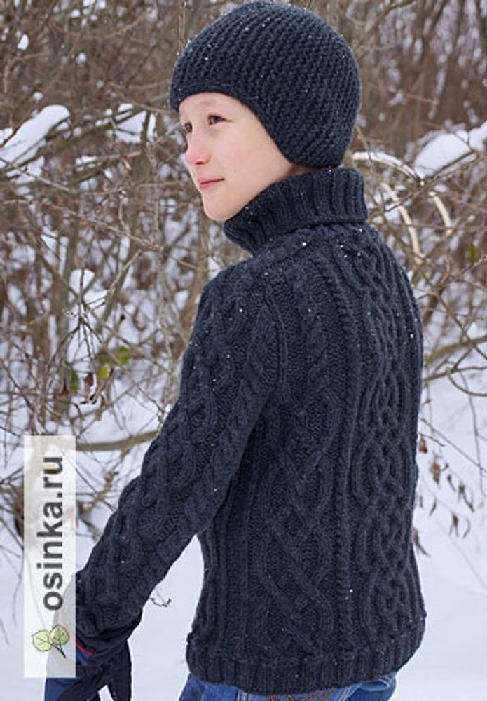 Фото. С таким свитерком  мальчику тепло и уютно. И еще красиво))  Автор работы - Dayamarina