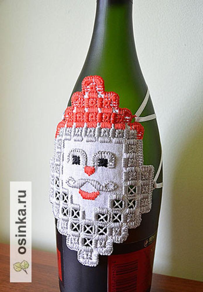Фото. ... и фартук для бутылки. Машинная вышивка. Автор работы - Lyubov1401