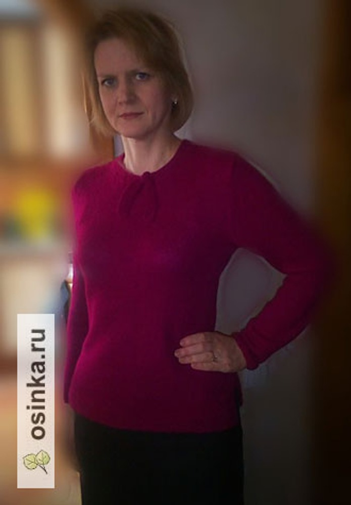 Фото. Простой пуловер из бобинной пряжи Contatto 35% меринос, 15 % альпака,50 % п/э. Автор работы - vchet19