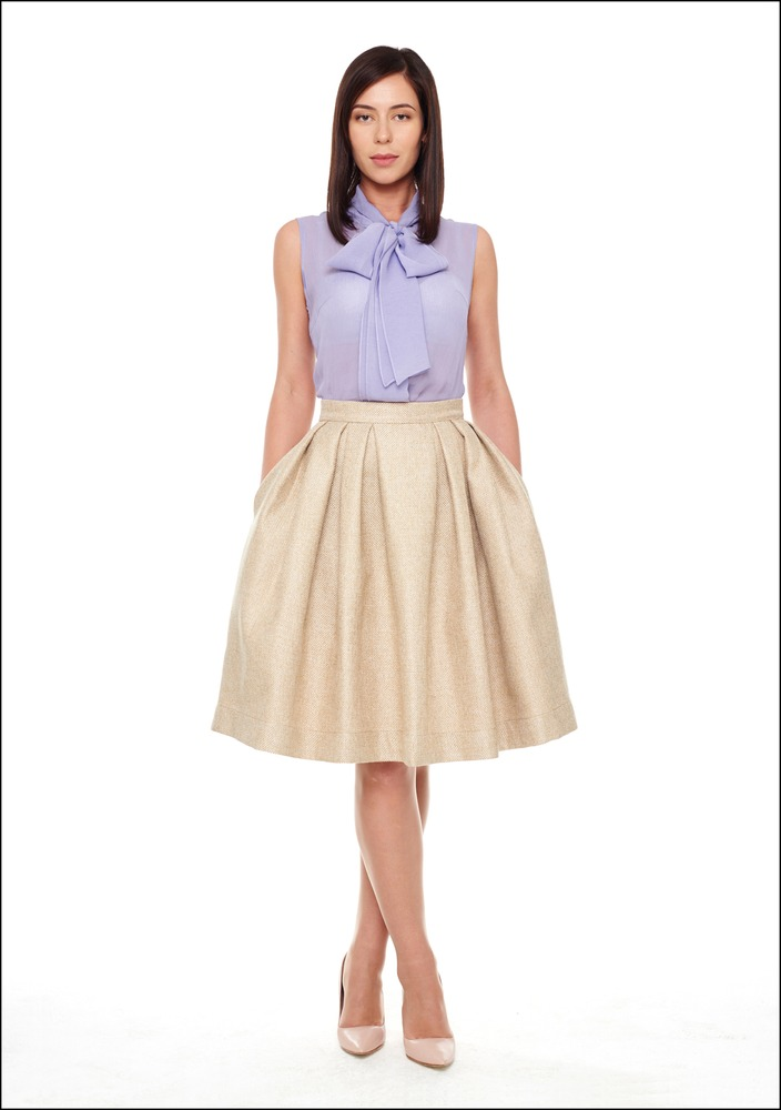 Комплект №3 . Блуза и юбка – «Модное пространство @Loft_77», Туфли – «Эконика», Колготы – Falke
