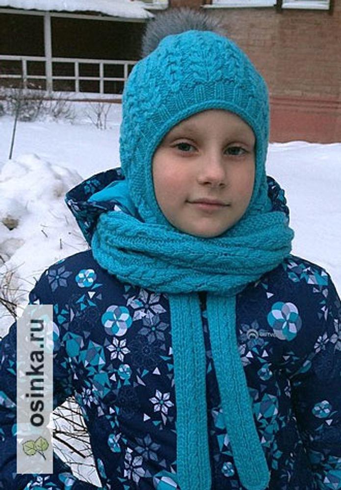 Фото. Зимний комплект для внучки. Шапочка Fern Field Hat by Pelykh Natalie и снуд похожим рисунком от японцев. Автор работы - Любовь В.