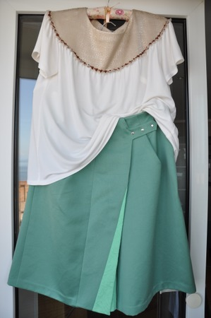Фото. Топ и юбка. Автор работы - Анитра