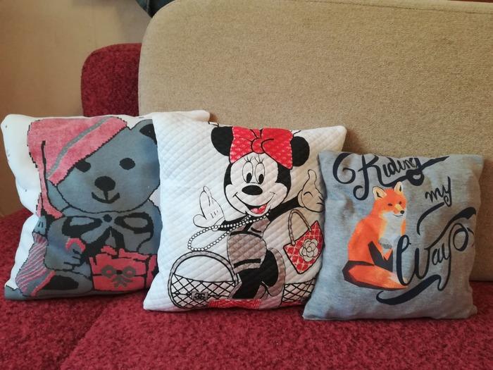 Фото. Переделка - подушки из детского трикотажа.  Автор работы - elika