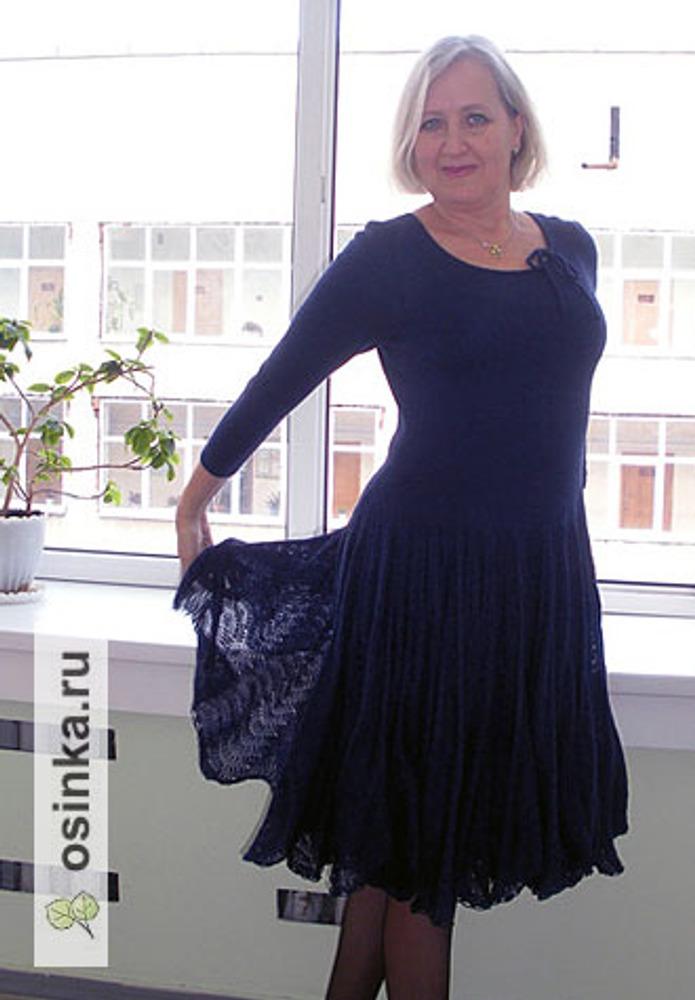 Фото. Платье из мериноса, пряжа Royal (Lora Festa) меринос- 70%, шелк -20%, кашемир - 10%.  Автор работы - Cbeta