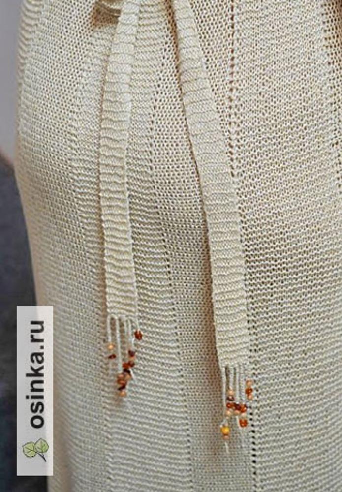 Фото. Пряжа - лен с шелком, отделка - янтарь и дерево. Автор работы - Virina1