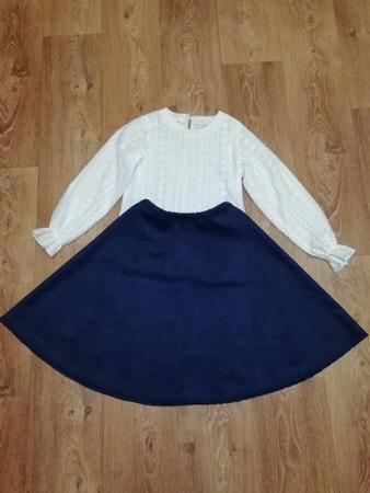 Фото. Для 1 Сентября: юбка-полусолнце из замши на неопрене и блузочка из батиста. Автор работы - catMishel