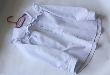 Фото. Блузка для первоклашки по фото из инсты. Необычный фасон сразу понравился!  Автор работы - Сара Коннор