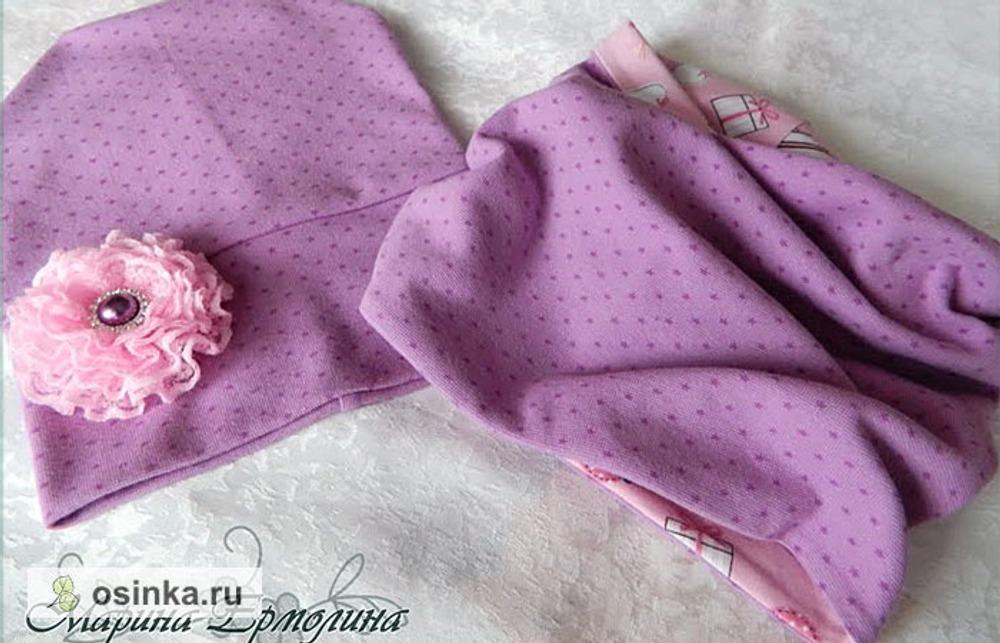 Фото. Комплект для девочек от 3 до 6 лет - шапочка и снуд. Розовый и ежевичный цвета, приятный хлопковый трикотаж. Цветок съемный. Автор работы - -=Маринка=-