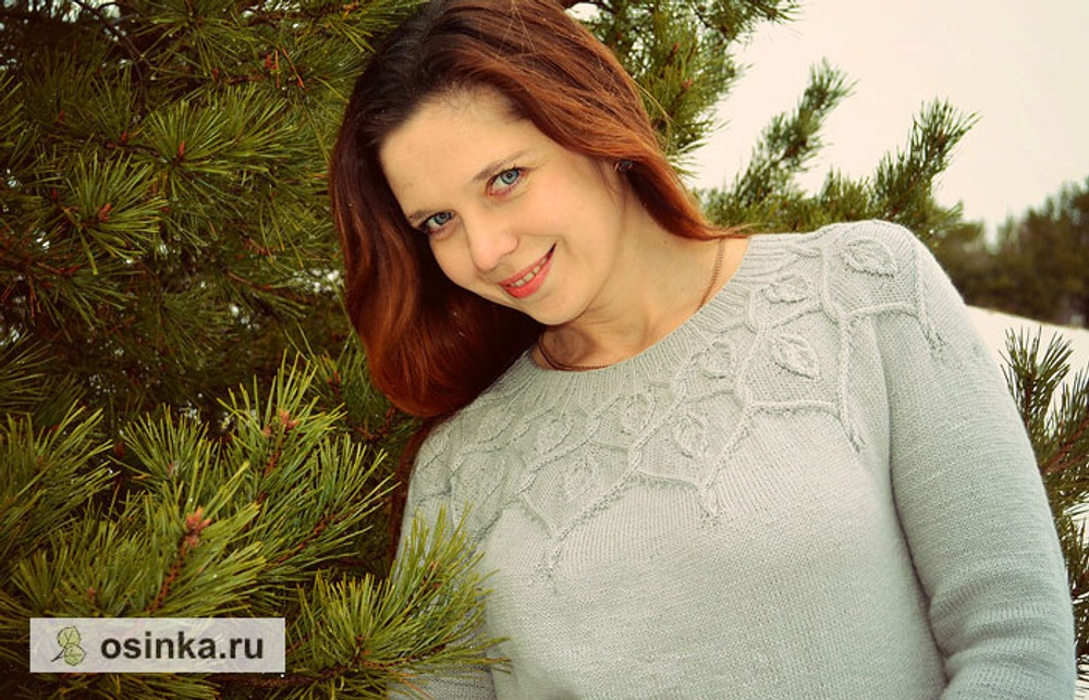 Фото. Свитер Dancing Leaves Sweater by Pelykh Natalie Lana Gatto Harmony 2/30. Автор работы - basova