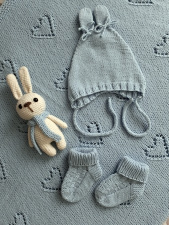 Фото. Голубой комплект для новорожденного.  Автор работы - Рашуля