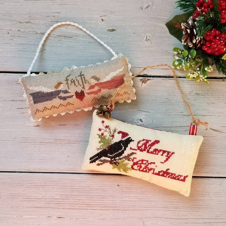 Фото. Орнаменты Faith от Nikyscreation и Merry Christmas от Samplers Not Forgotten.    Автор работы - Rish
