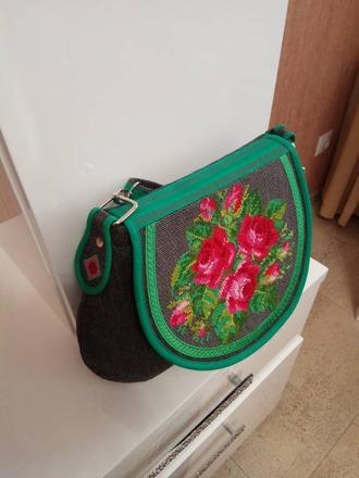Фото. Сумочка с вышивкой в подарок. Автор работы - натэлла2