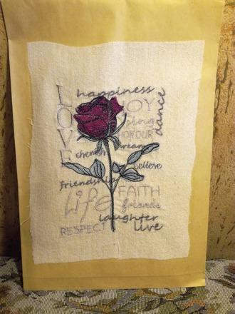 Фото. Иногда и конверт для подарка становится произведением искусства.  Автор работы - Ain