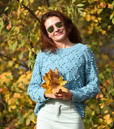 Фото. Пуловер в рамках тестирования kalinasweater.   Автор работы - Arune