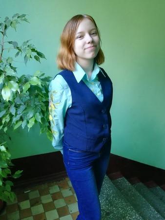 Фото. Школьная жилетка.  Автор работы - Anurochka