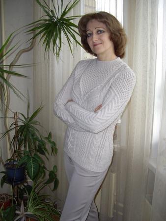 Фото. Свитерок по мотивам известного свитера ALTUZARRA. Пряжа A-Elita quatro, спицы № 4 и 5.