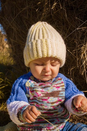 Фото. Шапка и свитер от бабушки.   Автор работы - lvn58