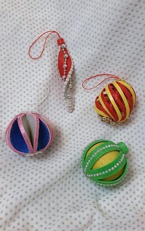 Фото. Игрушки из фоамирана в детский сад внукам.