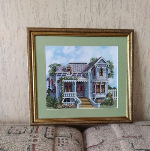 "Фото. По схеме DebbiePatrick ""Santa Rosa Victorian"".    Автор работы - Verna"