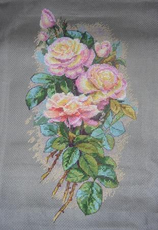 Фото. Вышитая картина  - винтажные розы.   Автор работы - Natshka_cherri