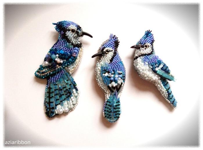 Фото. Брошки-голубые сойки. Автор работы - Aziaribbon