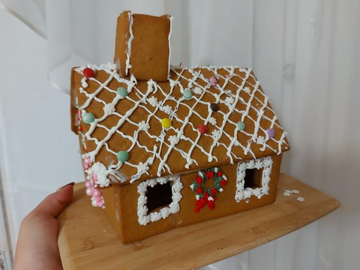 Фото. Пряничный домик.  Автор работы - Fotiny