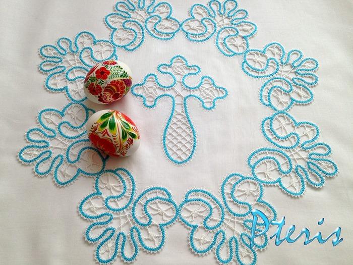 Фото. Пасхальная салфеточка - машинная вышивка. Автор работы - pteris