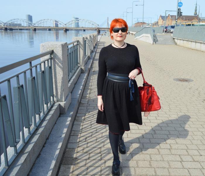Фото. Вязаное платье.  Пряжа  твид 80%-шерсть, 20 %-полиамид. Автор работы - Komiljfo