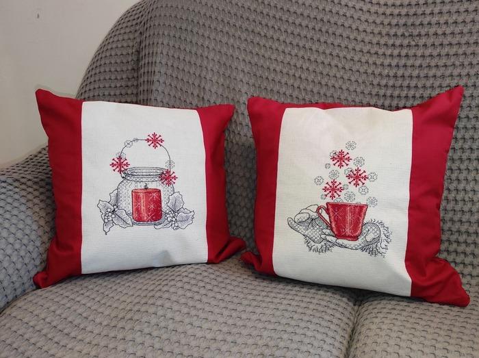 Фото. Рождественские подушки. Автор работы - Fefo4ka
