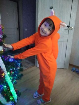 Фото. Костюм Белки из оранжевого флиса. За основу взята выкройка из Бурды. Автор работы - Saberwarden