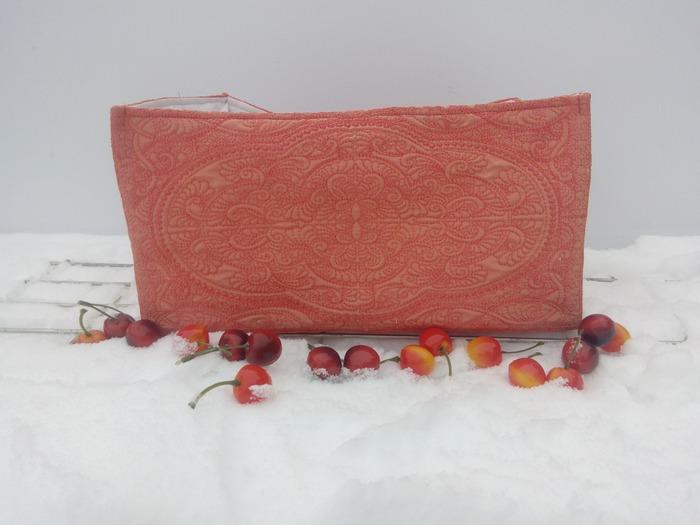 """Фото. Коробка в технике """"трапунто"""" для стеллажа из Икеа.   Автор работы - Tomin"""