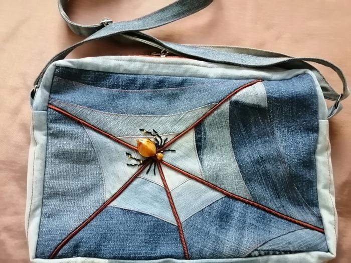 Фото. Сумка из старых джинсов. Автор работы - Любушка-голубушка
