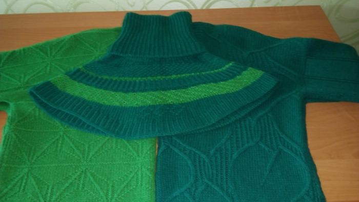 Фото. Манишка из остатков от двух свитеров.  Автор работы - Мартышка2941