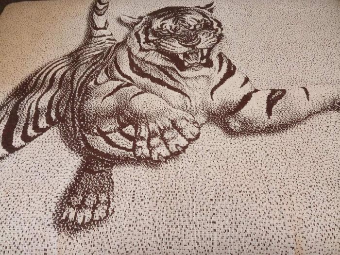 "Фото. Плед ""Тигр"" - рисунок по МК Лоры Лоры.  Автор работы - chobolova"