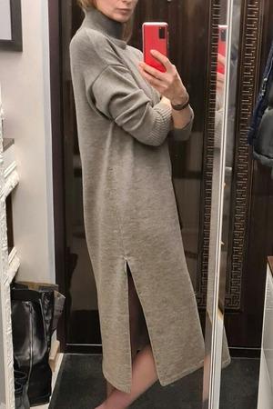 Фото. Платье - свитер, машинное вязание. Автор работы - Генри
