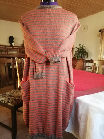 Фото. Платье, машинное вязание.  Автор работы - Jamal19