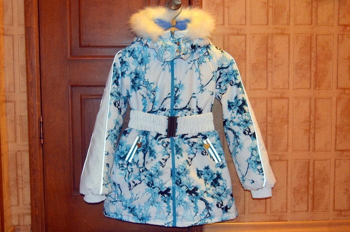 Фото. Курточка для старшей. Мембрана, альполюкс 100, иск мех, кап и опушка на кнопках. Автор работы - BabyCat