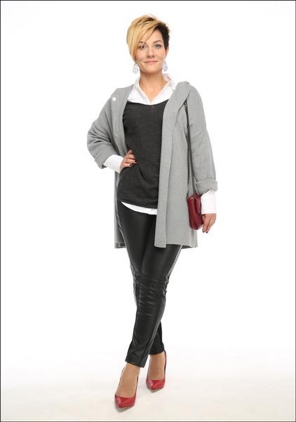 Комплект №2А . Блуза – Marks & Spencer. Джемпер, полупальто, леггинсы и джинсы – Mango. Туфли – «Эконика». Сумка – Accessorize
