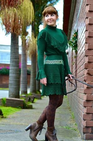 Фото. Ажурное платье цвета молодой зелени. Автор работы - BelkaV