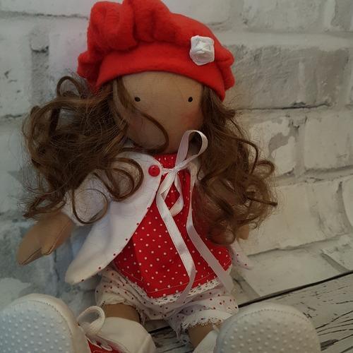 Фото. Первая полностью текстильная кукла.  Автор работы - Лоскутик