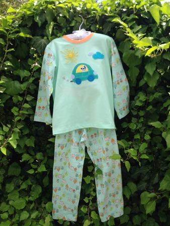 Фото. Первые опыты - пижама для любимого внука.  Автор работы - octrov_natali