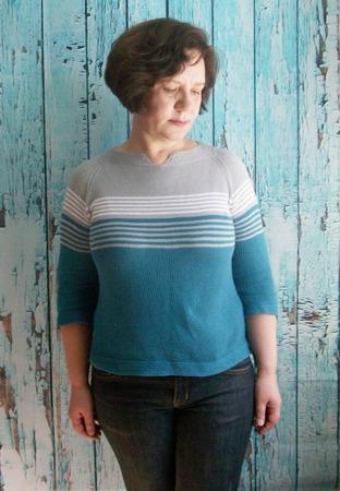 Фото. Летний хлопковый пуловер из остатков. Автор работы - Вязаная радуга