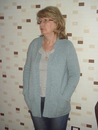 Фото. Кардиган Big Sister от дизайнера Jutta von Hinterm Stein. Пряжа твид меринос с кашемиром. Автор работы - ВеРучки