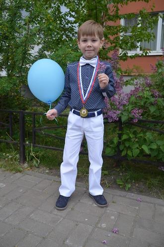 Фото. Костюм сыну на выпускной в д/с. Автор работы - Sjunal